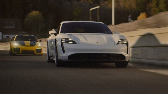 high_porsche_tv_commercial_during_the_u_s_super_bowl_2020_porsche_ag.jpg