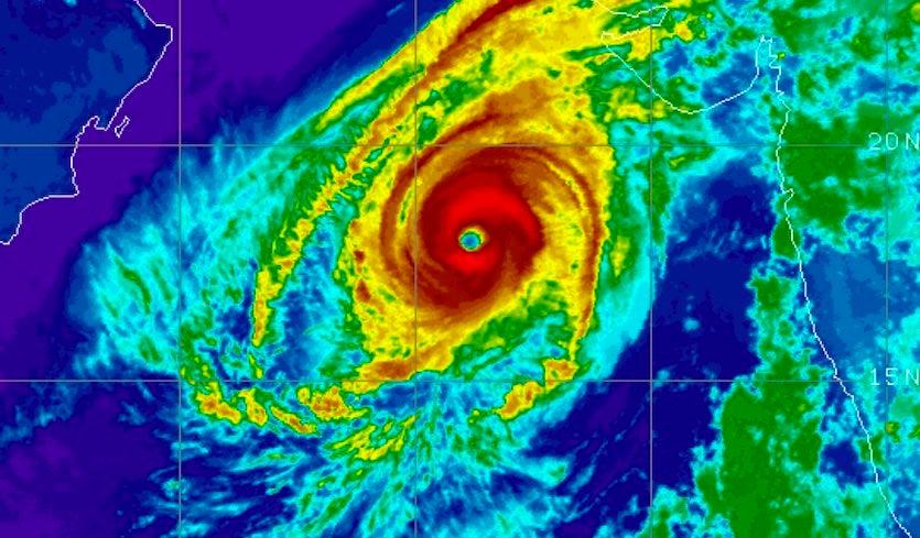 ir-kyarr-18Z-10.27.19-835pxHeavy Strong Cyclone Kyarr CAT5