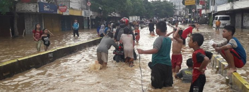 indonesia-floods-oct-20191026,27