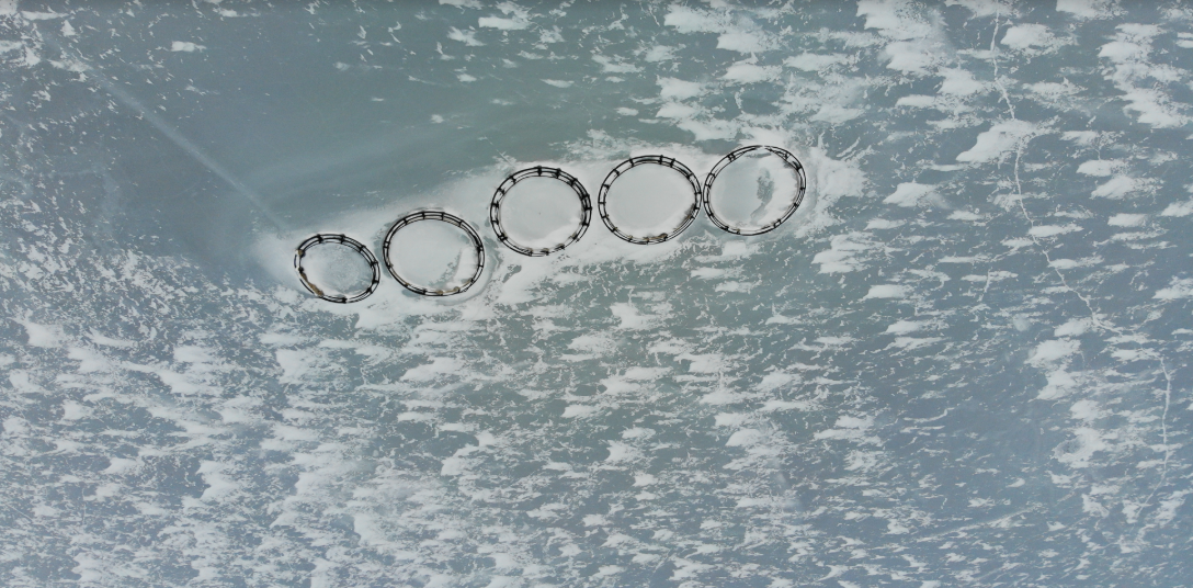 madamの氣の流れが地球とコラボレーション共鳴し凍り付いた湖