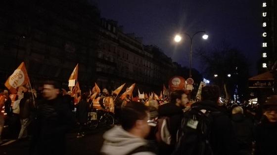 12月17日、パリのデモ