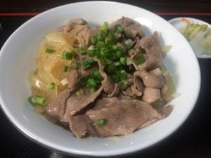 イノシシ丼(お食事処うえの)