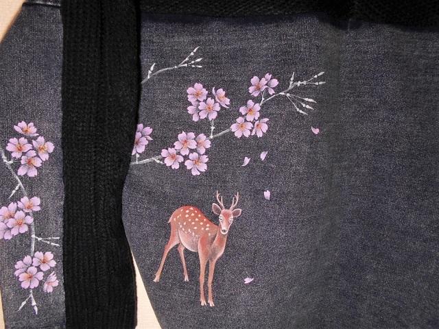 デニム×ニット 手描き桜とシカ