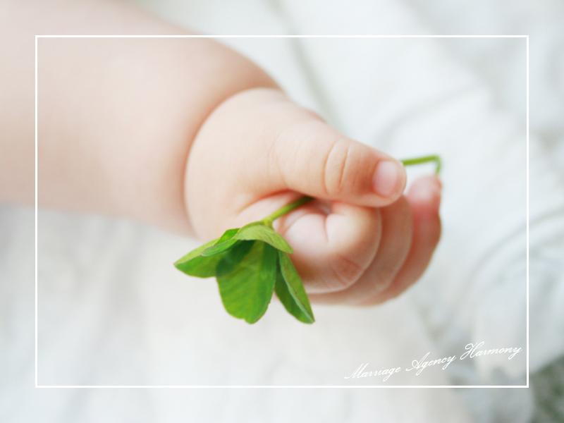 baby_hand.jpg