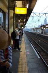 1午前5時半の富士駅