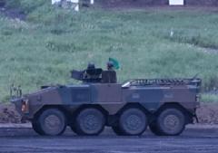 28装甲車2