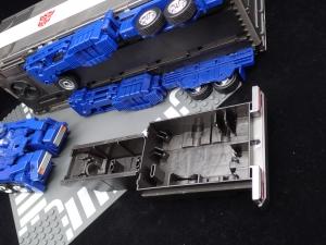 トランスフォーマー マスターピース MP-44 コンボイ Ver3 ビークルモード (27)