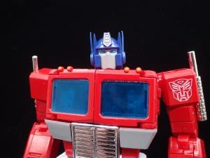 トランスフォーマー マスターピース MP-44 コンボイ Ver3 ロボットモード (2)