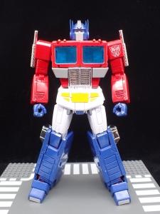 トランスフォーマー マスターピース MP-44 コンボイ Ver3 ロボットモード (10)