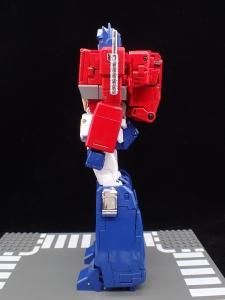 トランスフォーマー マスターピース MP-44 コンボイ Ver3 ロボットモード (11)