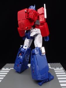 トランスフォーマー マスターピース MP-44 コンボイ Ver3 ロボットモード (12)