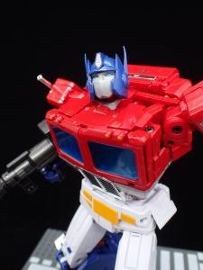 トランスフォーマー マスターピース MP-44 コンボイ Ver3 ロボットモード (67)