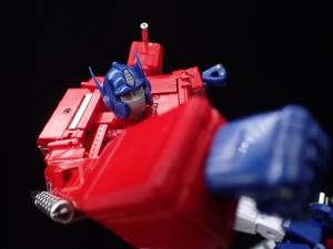 トランスフォーマー マスターピース MP-44 コンボイ Ver3 ロボットモード (70)