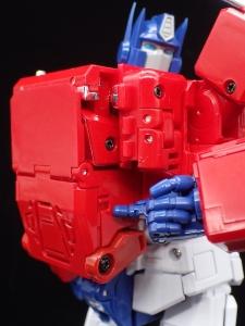 トランスフォーマー マスターピース MP-44 コンボイ Ver3 ロボットモード (76