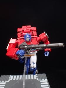 トランスフォーマー マスターピース MP-44 コンボイ Ver3 ロボットモード (86