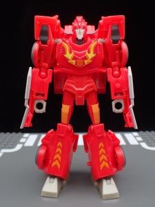 Transformers Bumblebee Cyberverse Adventures Deluxe Class Hot Rod (16)