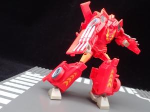 Transformers Bumblebee Cyberverse Adventures Deluxe Class Hot Rod (26)
