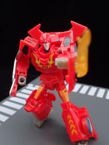 Transformers Bumblebee Cyberverse Adventures Deluxe Class Hot Rod (27)
