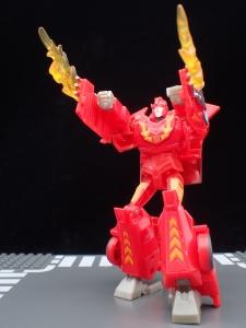 Transformers Bumblebee Cyberverse Adventures Deluxe Class Hot Rod (29)