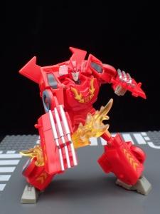 Transformers Bumblebee Cyberverse Adventures Deluxe Class Hot Rod (33)