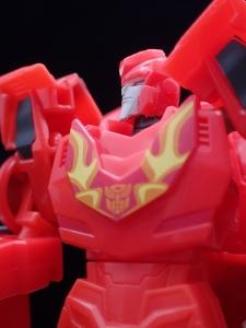 Transformers Bumblebee Cyberverse Adventures Deluxe Class Hot Rod (35)