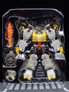 Transformers Bumblebee Cyberverse Adventures Deluxe Class Grimlock (4)
