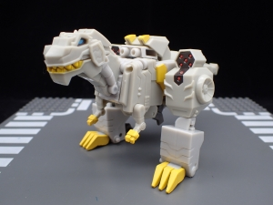 Transformers Bumblebee Cyberverse Adventures Deluxe Class Grimlock (5)