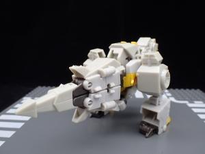 Transformers Bumblebee Cyberverse Adventures Deluxe Class Grimlock (6)