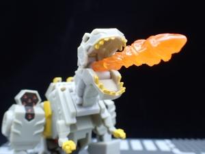 Transformers Bumblebee Cyberverse Adventures Deluxe Class Grimlock (14)