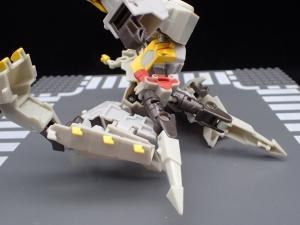 Transformers Bumblebee Cyberverse Adventures Deluxe Class Grimlock (24)