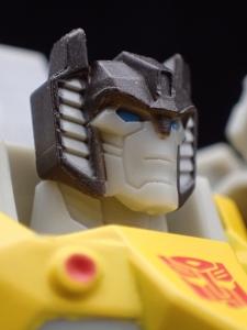 Transformers Bumblebee Cyberverse Adventures Deluxe Class Grimlock (29)