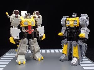 Transformers Bumblebee Cyberverse Adventures Deluxe Class Grimlock (32)