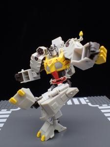 Transformers Bumblebee Cyberverse Adventures Deluxe Class Grimlock (40)