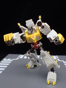 Transformers Bumblebee Cyberverse Adventures Deluxe Class Grimlock (43)