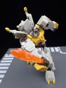Transformers Bumblebee Cyberverse Adventures Deluxe Class Grimlock (45)