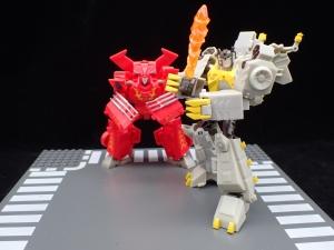 Transformers Bumblebee Cyberverse Adventures Deluxe Class Grimlock (46)