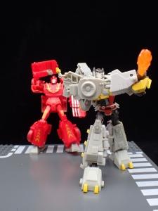 Transformers Bumblebee Cyberverse Adventures Deluxe Class Grimlock (47)