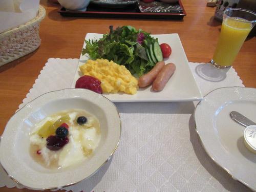 花闊歩の朝食