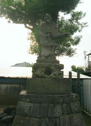 野田市野田・須賀神社の丸彫り猿田彦像(その4).jpg