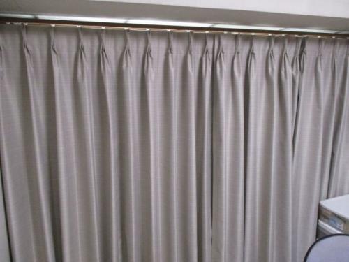 交差ランナー用カーテン
