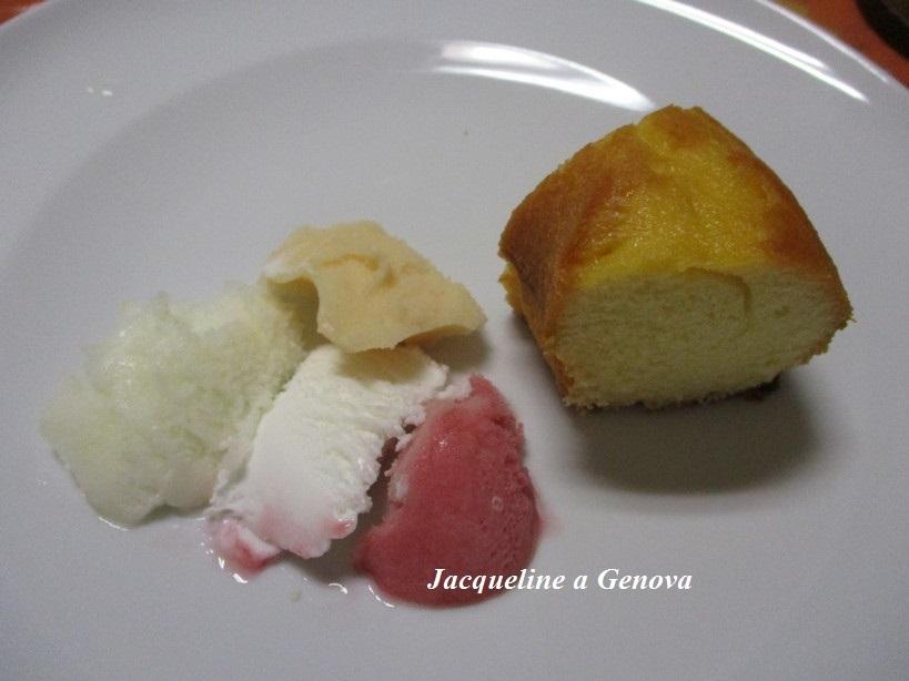 ciambella_allo_yogurt_con_gelato_e_sorbetti191014