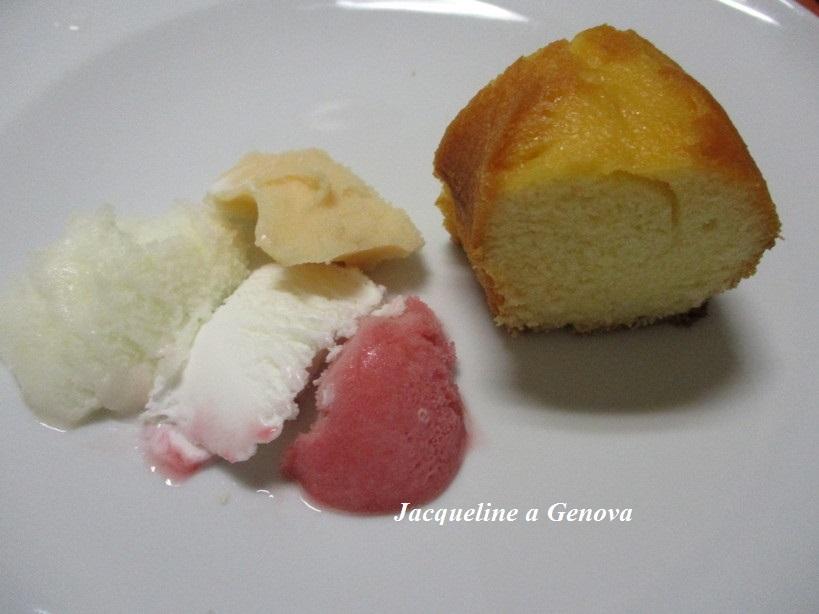 ciambella_allo_yogurt_con_gelato_e_sorbetti2_191014