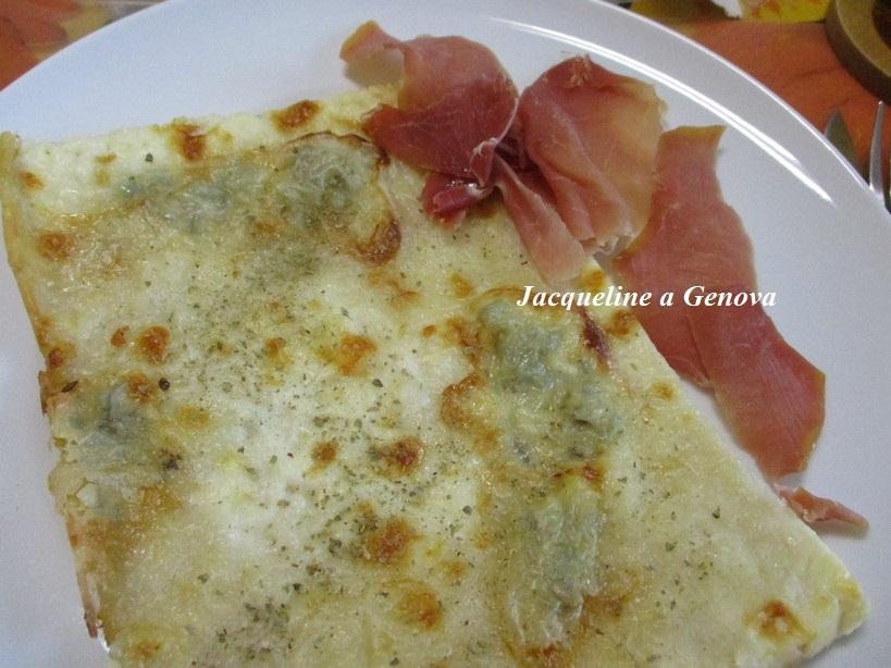 pizza_alla_golgonzola_e_formaggio_prosciutto_crudo_maggiorana2_191019