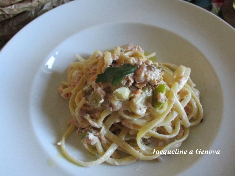 linguine_alla_pannna_con_salmone_noci_pistacchio2_191225