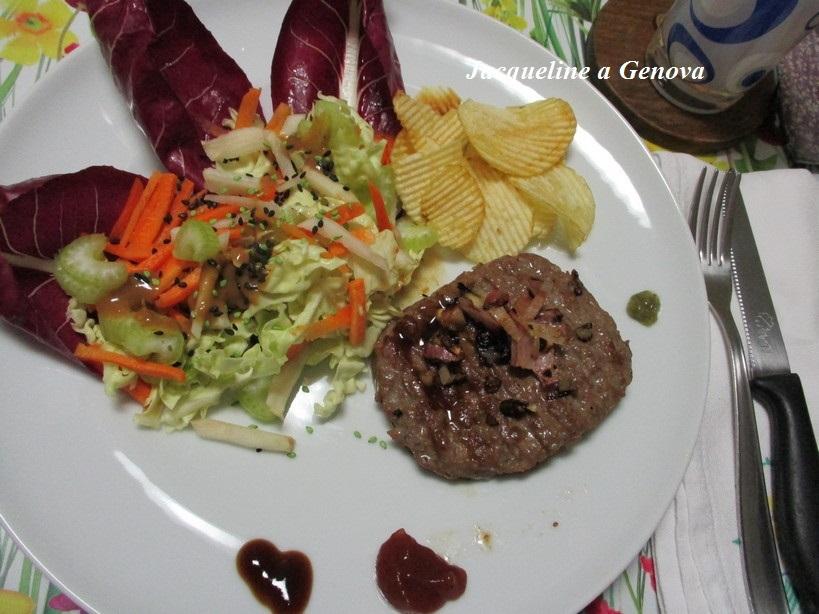 hamburger_di_bovino_adult_gusto mediterraneo3_200215