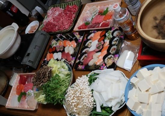 しゃぶしゃぶ、刺身、寿司