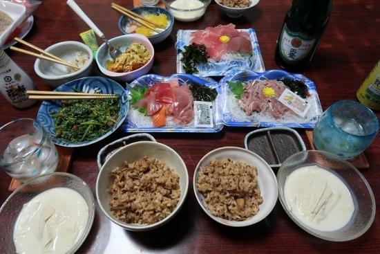 マツタケご飯と刺身
