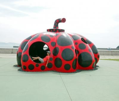 直島―赤かぼちゃ