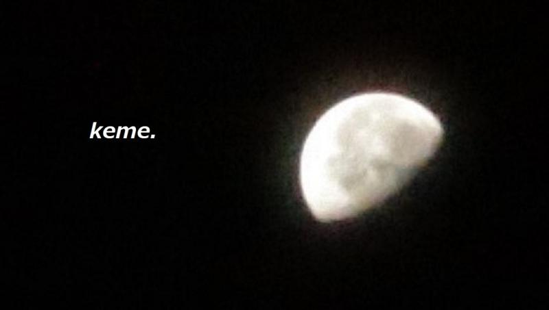 1020明け方の月