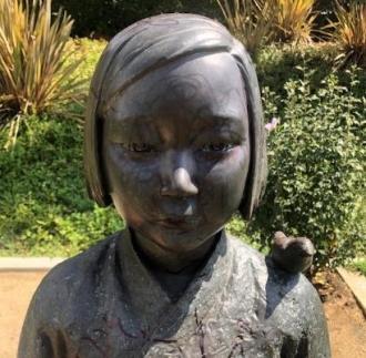 [韓国の反応]グレンデール少女像に落書きでヒスパニック系女性を逮捕。動機は不明「少女像をあちこちに建てることが本当に良いことか、もう一度考えるべき時ではないか?」